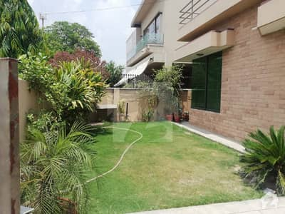 Modern Location One Kanal Lower Portion Are Available For Rent In Phase 4