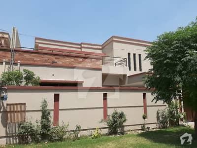 14 Marla House Available For Rent Near Kalma Chowk Gulberg Lahore