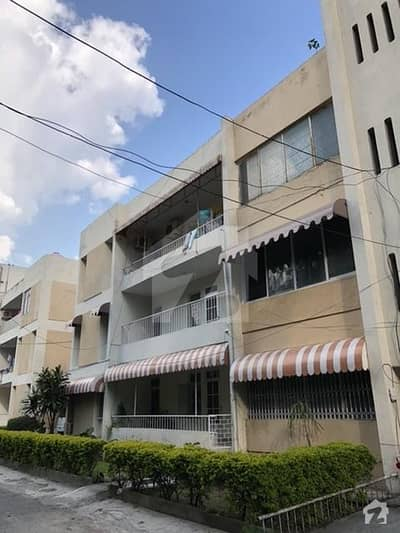 3 Bed 10 Marla Ground Floor Flat For Sale