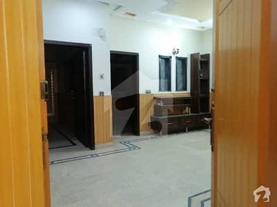 پی جی ای سی ایچ ایس فیز 1 پنجاب گورنمنٹ ایمپلائیز سوسائٹی لاہور میں 2 کمروں کا 5 مرلہ زیریں پورشن 26 ہزار میں کرایہ پر دستیاب ہے۔