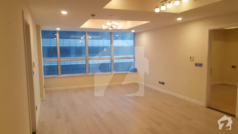 Beautiful Luxury Non Furnished 2 Bed Apartment