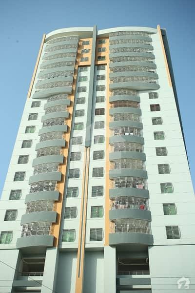 بہادر آباد گلشنِ اقبال ٹاؤن کراچی میں 4 کمروں کا 12 مرلہ فلیٹ 4.35 کروڑ میں برائے فروخت۔