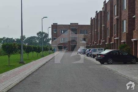 عوامی ولاز بحریہ آرچرڈ لاہور میں 2 کمروں کا 5 مرلہ فلیٹ 38 لاکھ میں برائے فروخت۔