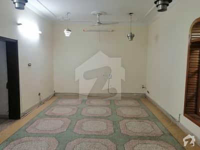 جی ۔ 6/2 جی ۔ 6 اسلام آباد میں 6 کمروں کا 10 مرلہ مکان 1.5 لاکھ میں کرایہ پر دستیاب ہے۔