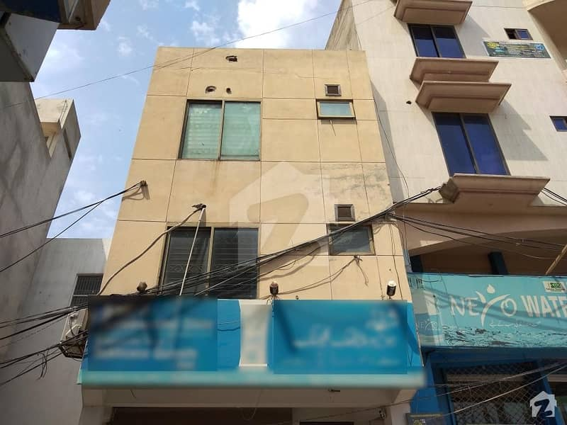 2 Marla Building Is Available For Sale