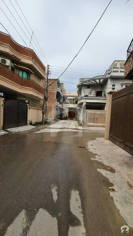 آفیسرز گارڈن کالونی ورسک روڈ پشاور میں 6 کمروں کا 5 مرلہ مکان 1.29 کروڑ میں برائے فروخت۔
