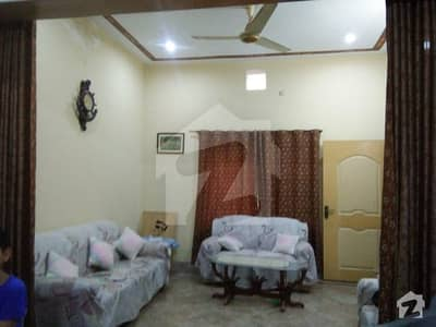 چک 82 / 6R ساہیوال میں 3 کمروں کا 4 مرلہ مکان 45 لاکھ میں برائے فروخت۔