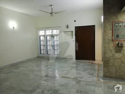 One Kanal Single Story House Are Available For Rent In Phase 3