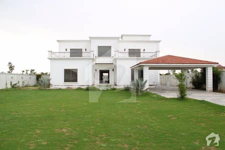4 Kanal Modern Farm House For Sale