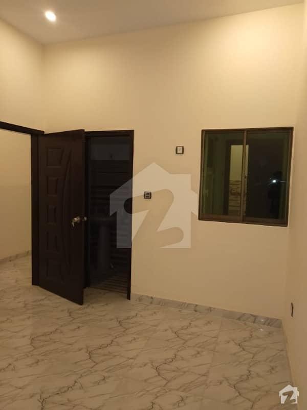 شاہراہِ فیصل کراچی میں 2 کمروں کا 3 مرلہ فلیٹ 49 لاکھ میں برائے فروخت۔