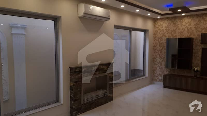 1 Kanal Brand New Luxury Villa For Sale With Basement