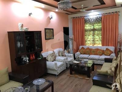 پی جی ای سی ایچ ایس فیز 1 پنجاب گورنمنٹ ایمپلائیز سوسائٹی لاہور میں 4 کمروں کا 10 مرلہ مکان 1.95 کروڑ میں برائے فروخت۔