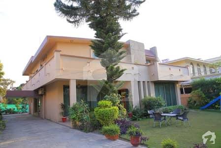 لدھڑ بیدیاں روڈ لاہور میں 2 کمروں کا 10 مرلہ مکان 28 ہزار میں کرایہ پر دستیاب ہے۔