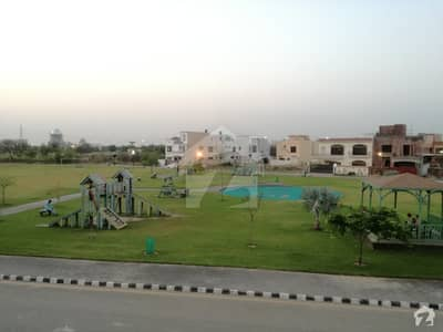 لیک سٹی ۔ سیکٹرایم ۔ 7 لیک سٹی رائیونڈ روڈ لاہور میں 4 کمروں کا 5 مرلہ مکان 1.45 کروڑ میں برائے فروخت۔