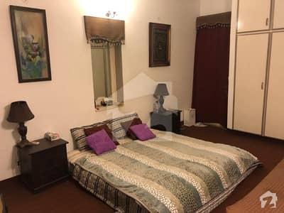ڈی ایچ اے فیز 3 - بلاک وائے فیز 3 ڈیفنس (ڈی ایچ اے) لاہور میں 1 کمرے کا 1 کنال کمرہ 25 ہزار میں کرایہ پر دستیاب ہے۔