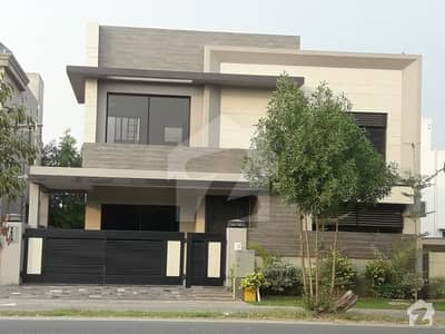 1 Kanal Brand New Full Luxury Equipped B Block Phase 5