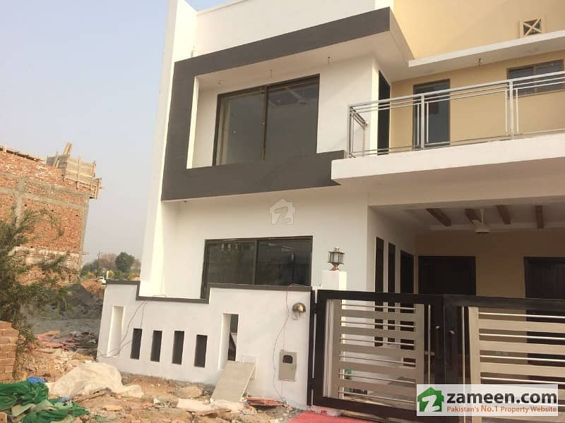 Bahria Enclave Sector B1 5 Marla Full House Available For Rent Full Beautiful Separate Villa