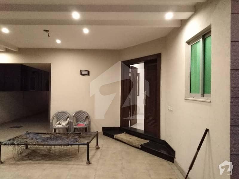 سٹیٹ لائف فیز۱۔ بلاک اے ایکسٹینشن اسٹیٹ لائف ہاؤسنگ فیز 1 اسٹیٹ لائف ہاؤسنگ سوسائٹی لاہور میں 3 کمروں کا 8 مرلہ زیریں پورشن 28 ہزار میں کرایہ پر دستیاب ہے۔