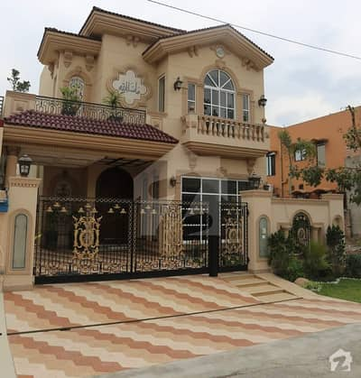 10 Marla Brand New Spainish Villa Banglow For Sale In Dha