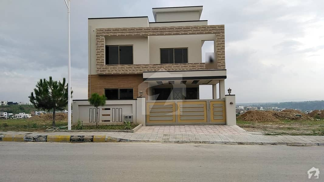 Brand New Triple Unit House Is Available For Sale