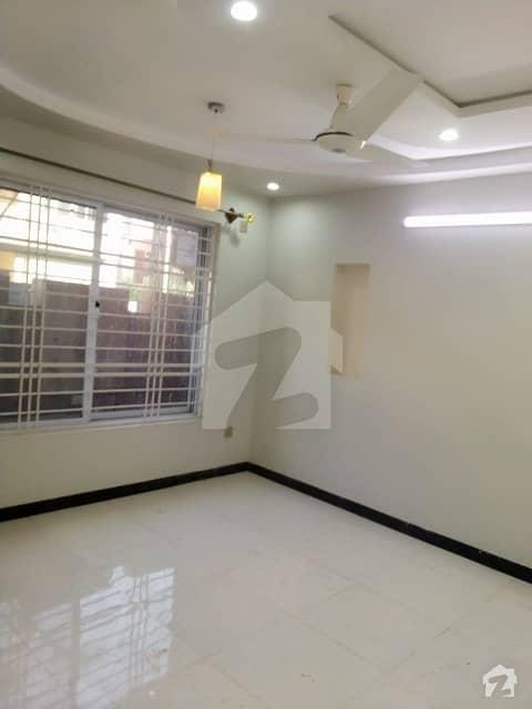 زارا هائٹس ایچ ۔ 13 اسلام آباد میں 2 کمروں کا 4 مرلہ فلیٹ 68 لاکھ میں برائے فروخت۔