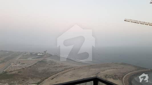 عمار کورل ٹاورز امارکریسنٹ بے ڈی ایچ اے فیز 8 ڈی ایچ اے کراچی میں 4 کمروں کا 1.56 کنال پینٹ ہاؤس 10 لاکھ میں کرایہ پر دستیاب ہے۔
