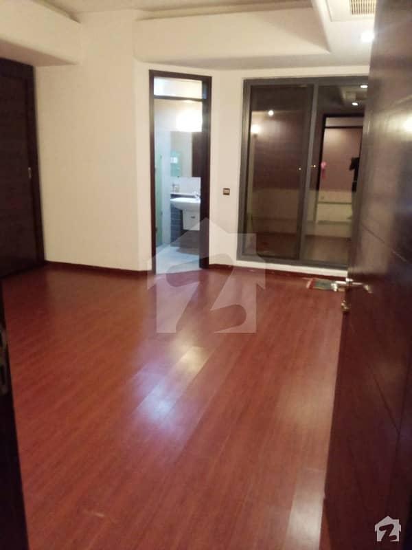 سلوراوکس اپارٹمنٹ ایف ۔ 10 اسلام آباد میں 3 کمروں کا 9 مرلہ فلیٹ 3.95 کروڑ میں برائے فروخت۔