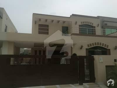اسٹیٹ لائف فیز 1 - بلاک اے اسٹیٹ لائف ہاؤسنگ فیز 1 اسٹیٹ لائف ہاؤسنگ سوسائٹی لاہور میں 5 کمروں کا 18 مرلہ مکان 2.55 کروڑ میں برائے فروخت۔