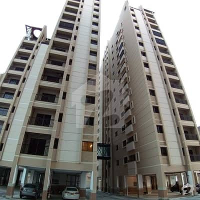 گلستانِِ جوہر ۔ بلاک 11 گلستانِ جوہر کراچی میں 3 کمروں کا 6 مرلہ فلیٹ 1.45 کروڑ میں برائے فروخت۔