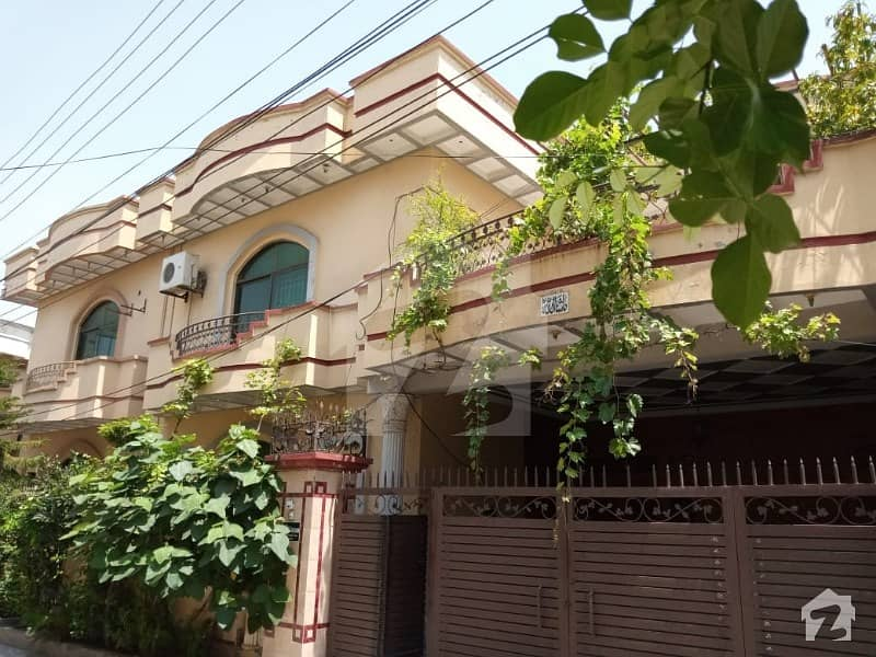 House For Sale In Ideal Location