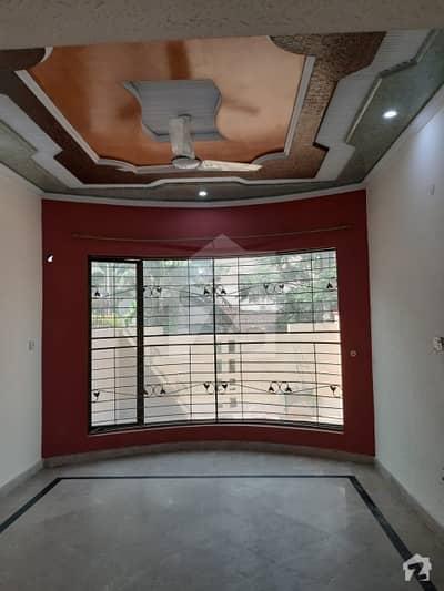 10 Marla Lower Portion Having 2 Bedroom Drawing Room Store Parking