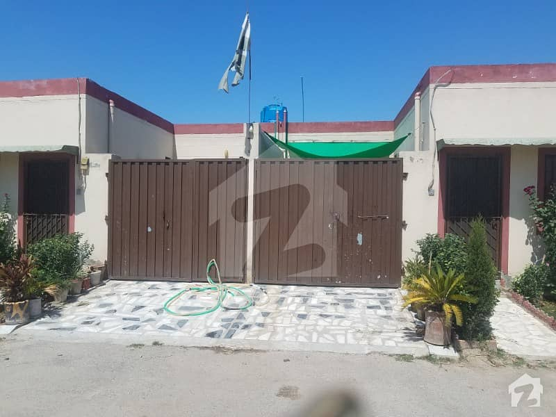 صفیا هومز ورسک روڈ پشاور میں 3 کمروں کا 4 مرلہ مکان 23 لاکھ میں برائے فروخت۔