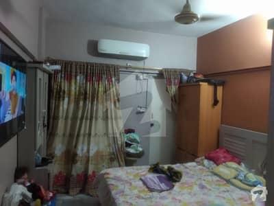 گلستانِِ جوہر ۔ بلاک 17 گلستانِ جوہر کراچی میں 2 کمروں کا 5 مرلہ فلیٹ 65 لاکھ میں برائے فروخت۔