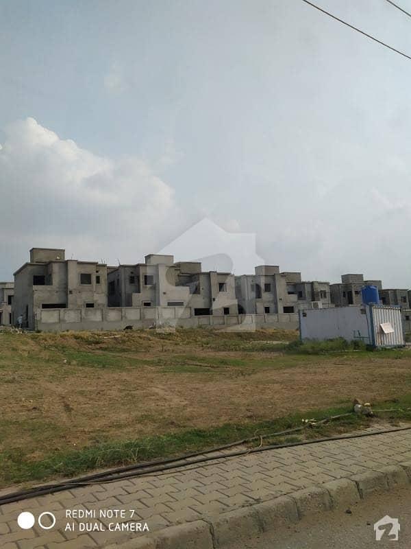 ڈی ایچ اے ویلی - لِلی سیکٹر ڈی ایچ اے ویلی ڈی ایچ اے ڈیفینس اسلام آباد میں 8 مرلہ کمرشل پلاٹ 72 لاکھ میں برائے فروخت۔