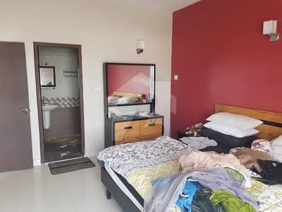 کلفٹن ۔ بلاک 2 کلفٹن کراچی میں 3 کمروں کا 7 مرلہ فلیٹ 1.8 کروڑ میں برائے فروخت۔