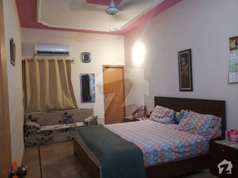 فیڈرل بی ایریا ۔ بلاک 14 فیڈرل بی ایریا کراچی میں 2 کمروں کا 5 مرلہ بالائی پورشن 75 لاکھ میں برائے فروخت۔