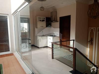 ڈی ایچ اے فیز 6 ڈیفنس (ڈی ایچ اے) لاہور میں 4 کمروں کا 10 مرلہ مکان 1.3 لاکھ میں کرایہ پر دستیاب ہے۔