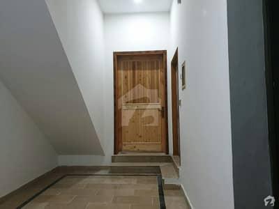قادر کالونی گجرات میں 2 کمروں کا 4 مرلہ مکان 45 لاکھ میں برائے فروخت۔