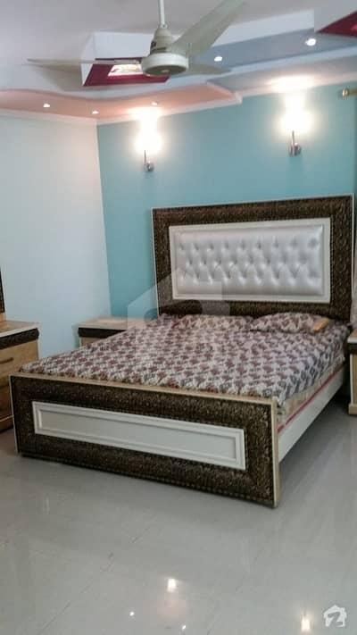 ڈی ایچ اے فیز 2 - بلاک یو فیز 2 ڈیفنس (ڈی ایچ اے) لاہور میں 1 کمرے کا 4 مرلہ کمرہ 35 ہزار میں کرایہ پر دستیاب ہے۔