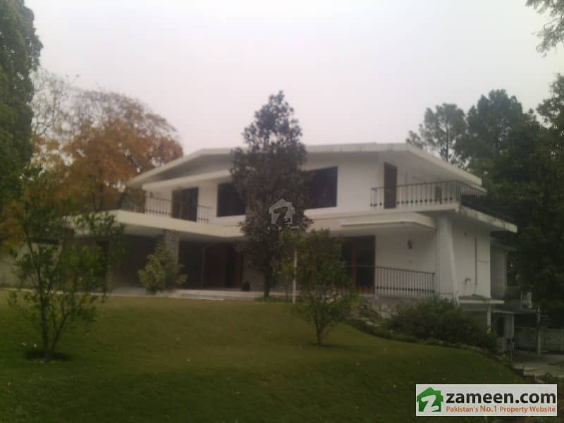 1166 Sq Yd Best Location House In F-7/3