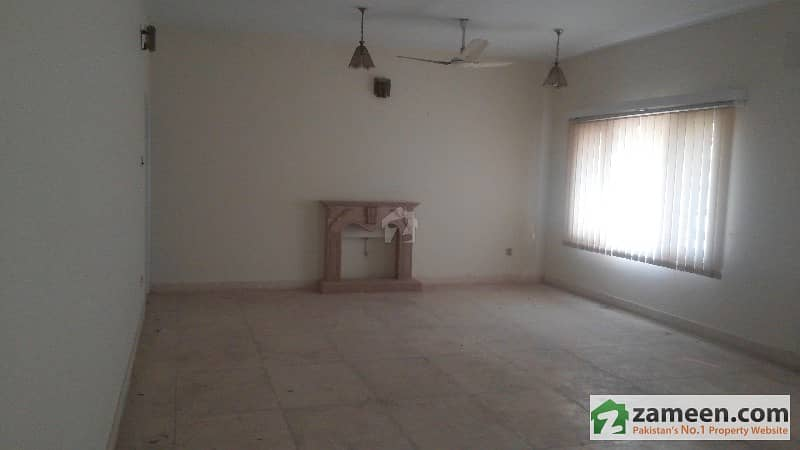 Best Property In G-10/2 Street 19  House No 253