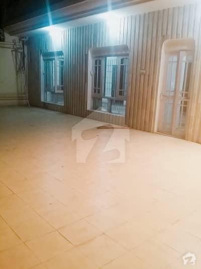 جی ۔ 10/4 جی ۔ 10 اسلام آباد میں 5 کمروں کا 14 مرلہ مکان 1.3 لاکھ میں کرایہ پر دستیاب ہے۔