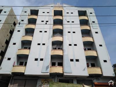 میر پور خاص میں 4 کمروں کا 7 مرلہ فلیٹ 62 لاکھ میں برائے فروخت۔