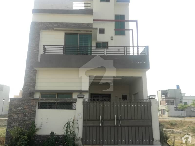 5 Marla Full House For Rent In Lake City Sector M7 - Block B