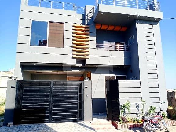 ورسک روڈ پشاور میں 6 کمروں کا 7 مرلہ مکان 1.85 کروڑ میں برائے فروخت۔