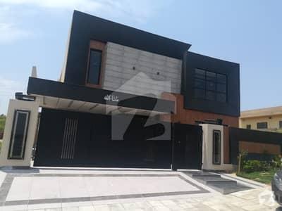 1 Kanal Top Height Designer House For Sale