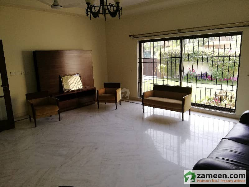 F11 800 Sq Yd Double Storey House With Basement 12 Crore