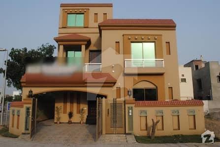بحریہ ٹاؤن گلمہر بلاک بحریہ ٹاؤن سیکٹر سی بحریہ ٹاؤن لاہور میں 5 کمروں کا 10 مرلہ مکان 65 ہزار میں کرایہ پر دستیاب ہے۔