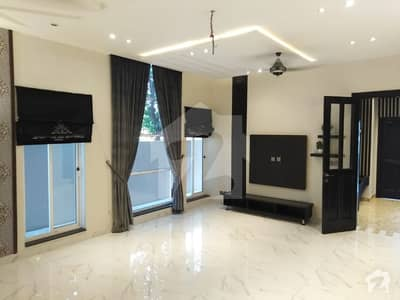 10 Marla House For Rent In Jasmine Block Bahria Town Lahore