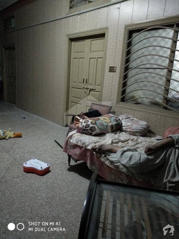 پکھوال چوک مانسہرہ میں 6 کمروں کا 11 مرلہ مکان 2.5 کروڑ میں برائے فروخت۔